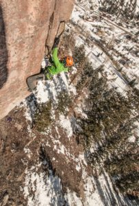 Grant Kleeves on Fissure Out, M10, The Remedy Crag.