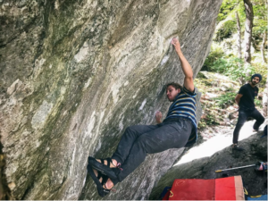 Touching the Sky (sit start) V12