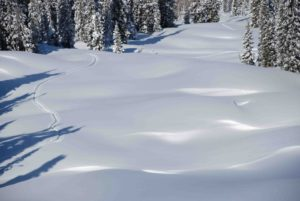 "An impressive amount of snow blankets a ""light tour"" in the Anthracite Range"
