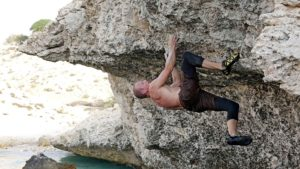 Jamie on Daylight Robbery V6, Ras al Hamra.